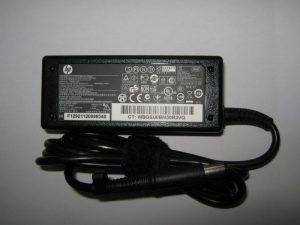 зарядно за hp compaq 65w среден пин