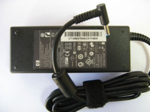 зарядно за hp compaq 90w среден пин синя букса
